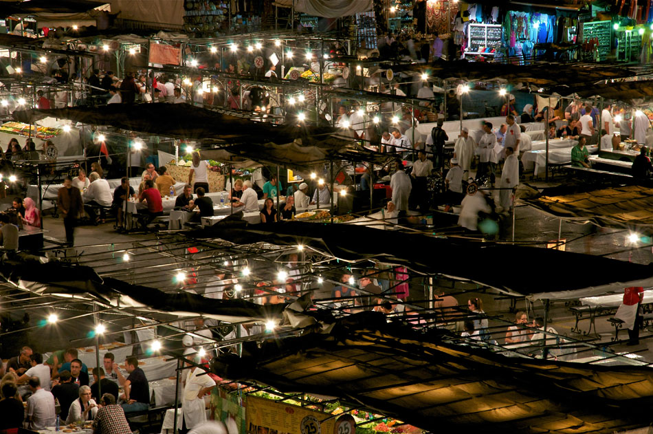 Marrakesh-at-night-morocco-excursions